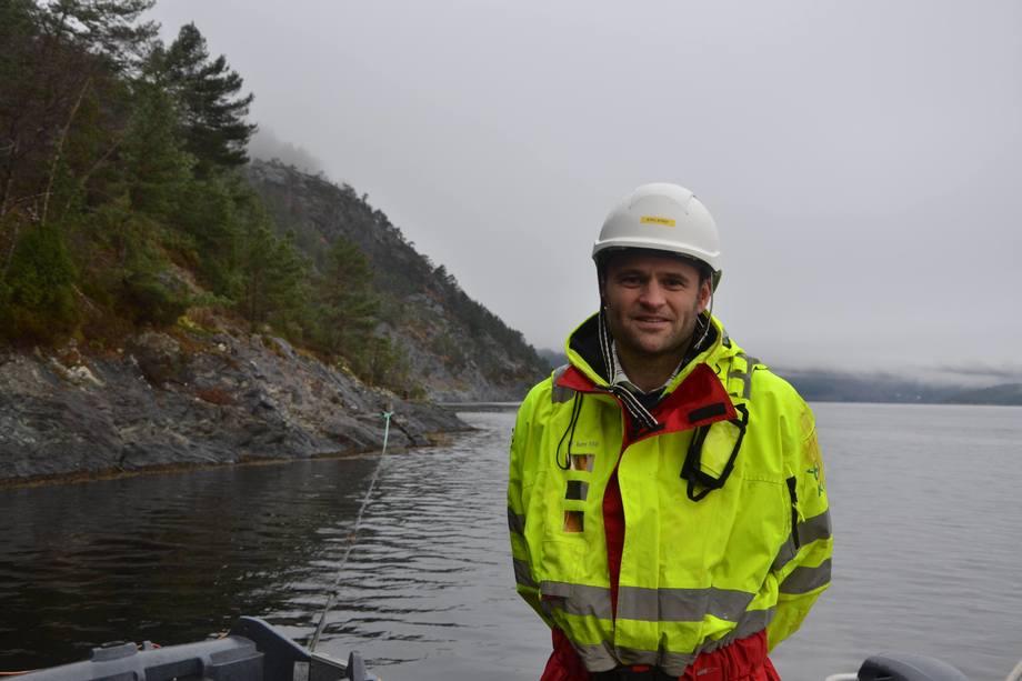 Dagleg leiar Erlend Haugarvoll i Lingalaks seier dei har hatt biologiske utfordringar i 2017 som prega resultatet. Foto: Linn Therese Skår Hosteland.