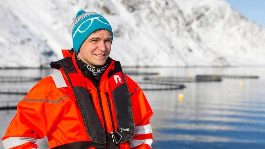– Det viktigste er å vise hvilken kul næring vi jobber i, og at fremtidens beste arbeidsplasser tilhører havbruksnæringen, sier Lasse Sørnes. Foto: Grieg Seafood Finnmark