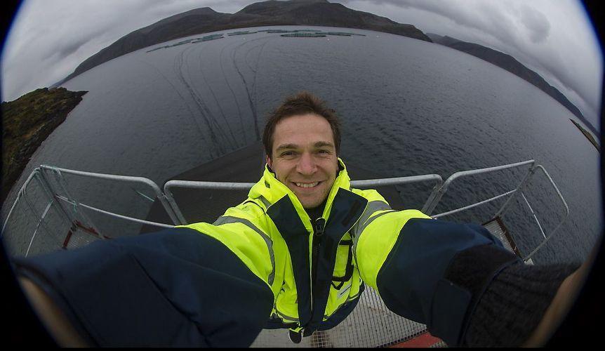 – Jeg er kjempestolt over hva vi har utrettet i de syv årene jeg har fått oppleve sammen med Grieg Seafood Finnmark. Nå er det bare å gi full gass fremover og være stolte over næringen dere er en del av. Dette er bare starten, sier Sørnes til kyst.no. Foto: Selfie på Nordkapp.