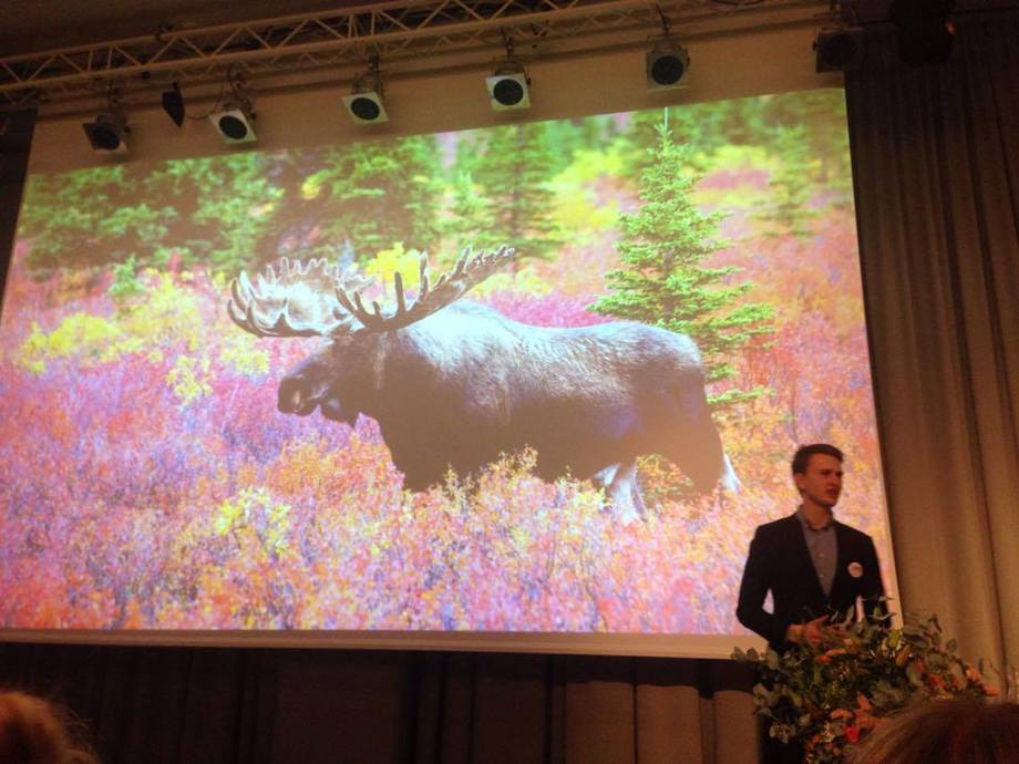Lars Berg-Hansen fortalte under Youngfish-konferansen at en av hans store drømmer var å ri på en elg. Foto: Kjersti Marie Grinde