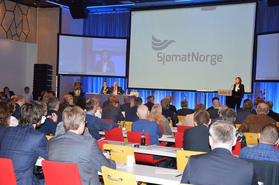 Det var mange oppdrettere og selskap representert under årets generalforsamlingen for Sjømat Norge i Bergen 7 april. Foto: Therese Soltveit.