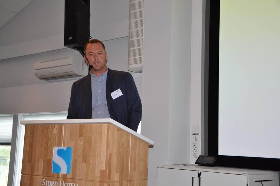 Kjetil Heggen, rensefisk-ansvarlig i Lerøy Sjøtroll. Foto: Linn-Therese Skår Hosteland.