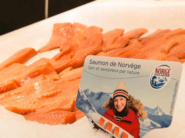 Folk i Tyskland og Frankrike er de som til sammen spiser aller mest norsk laks i hele verden.Foto: Norge sjømatråd