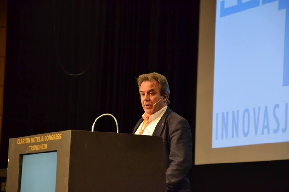 Rune Flatby er avdelingsdirektør i NVEs konsesjonsavdeling. Foto: Magnus Petersen.