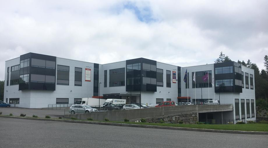 Europharmas nye hovedlager og avdelingskontor for Vestlandet, i Espehaugen 32 ved Flesland lufthavn.