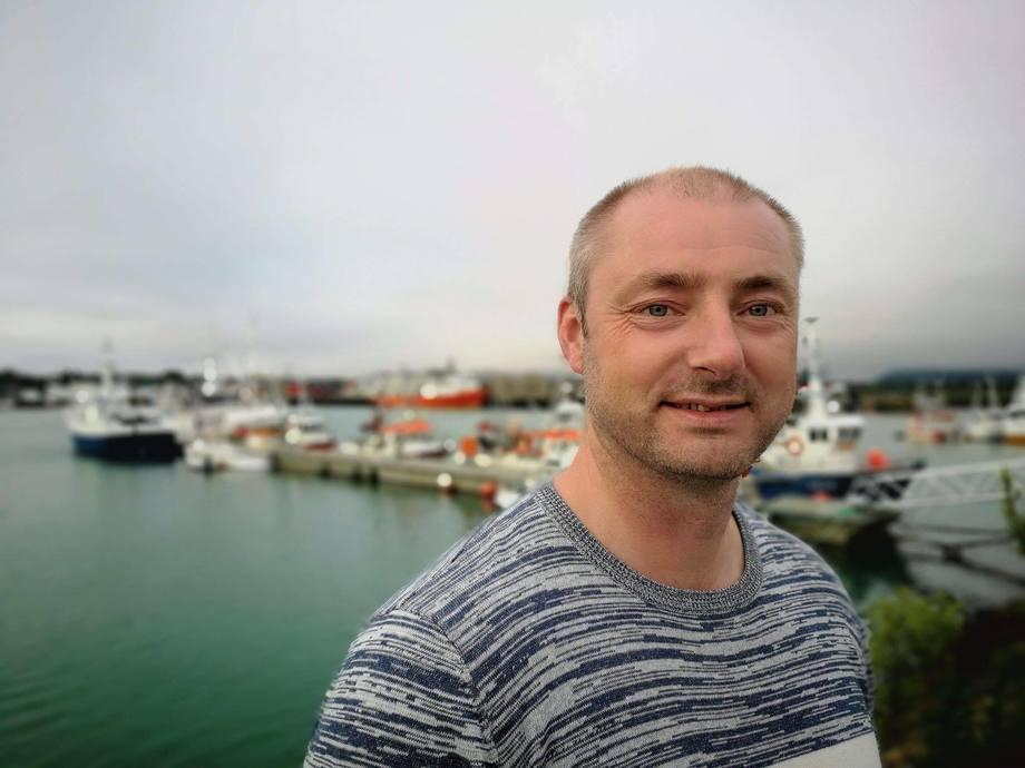 Administrerende direktør i Sjømatbedriftene er fornøyd med penger til havforskning og algeovervåkning. Foto: Håvard Holmøy.