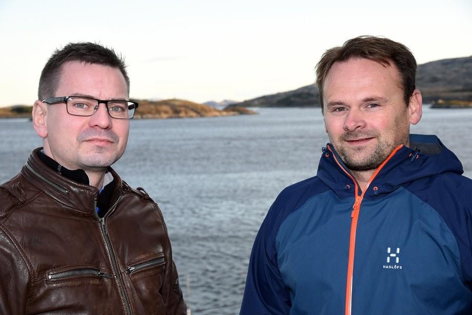 Daglig leder Roy Emilsen i Emilsen Fisk (til venstre) og nestleder Svein-Gustav Sinkaberg hos SinkabergHansen imøteser gode resultat av tettere praktisk samarbeid. Foto: Tom Lysø