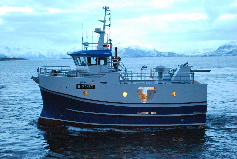Mundal Båt bygger per i dag ikke andre design enn Maritime Engineering sine. Dette er den andre sjarken av dette designet som MB har ferdigstilt siste året.