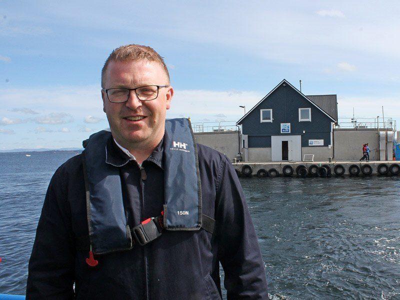 Øyvind Blom er styreleder og daglig leder i Austefjorden Smolt. Foto: Linn Therese Skår Hosteland.