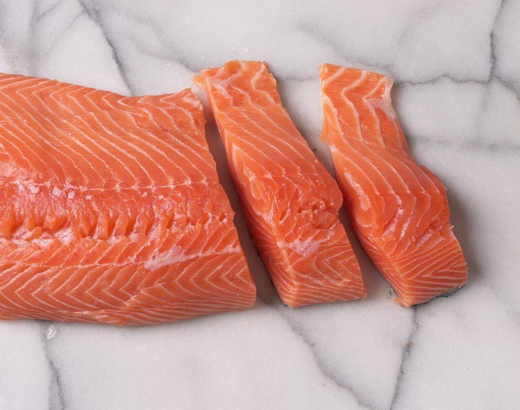 The Nifes study showed that farmed salmon had lower levels of most environmental pollutants than wild salmon, including dioxins, PCBs and pesticides.