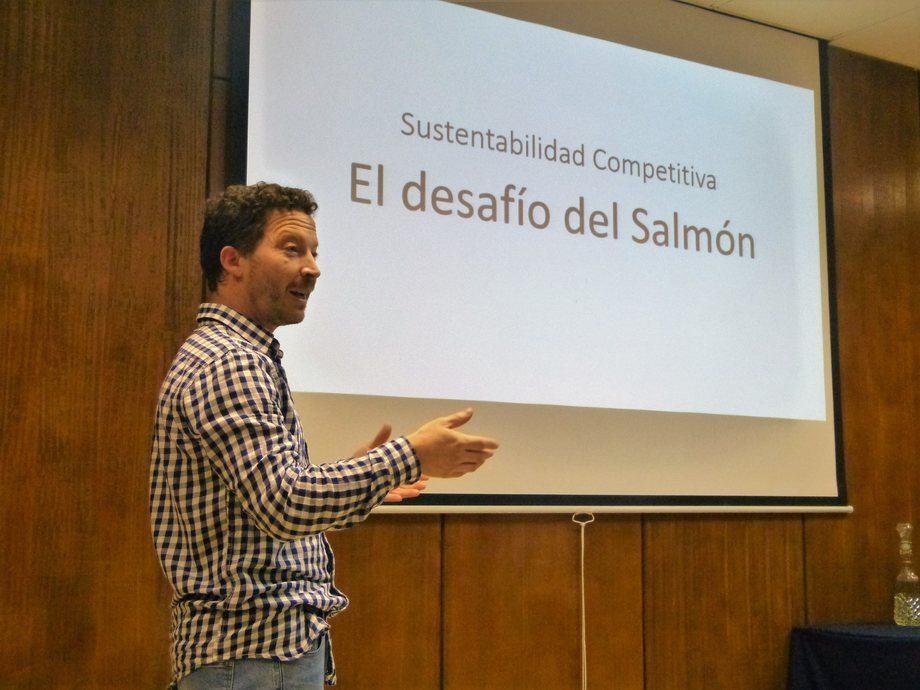 Carlos Odebret afirmó que las salmonicultoras que no operen centros deberían ser premiadas en vez de castigadas. Foto: Archivo Salmonexpert.