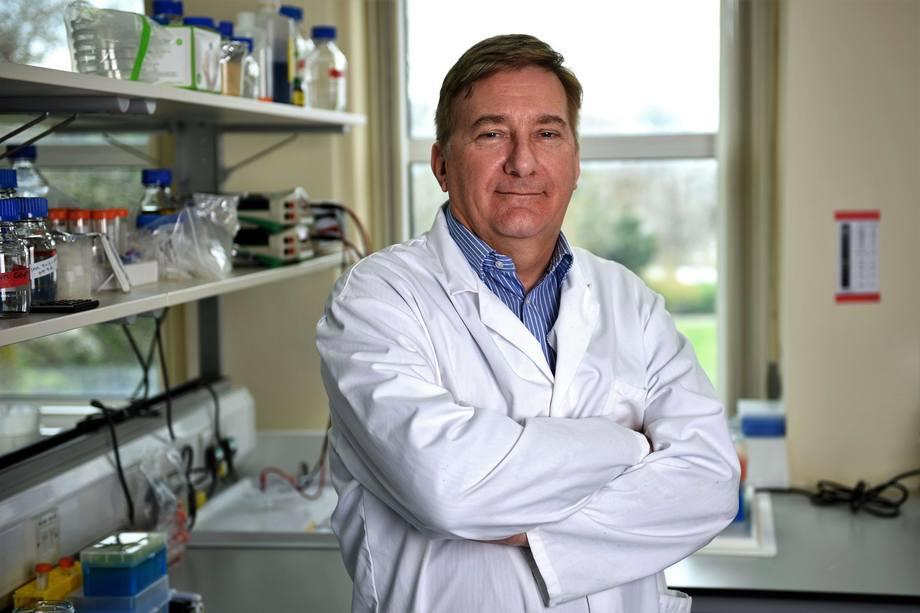 Profesor Chris Secombes. Foto: Fishupdate