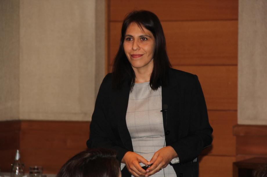 Angélica Reyes, del Instituto de Nutrición y Tecnología de los Alimentos (INTA). Foto: Daniella Balin, Salmonexpert.