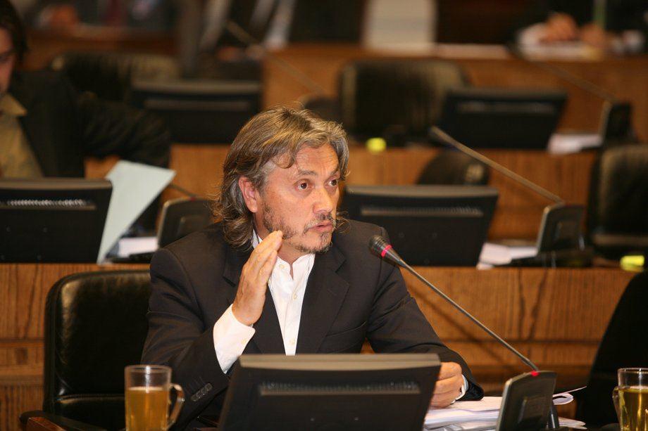 Senador Alejandro Navarro. Foto: www.navarro.cl
