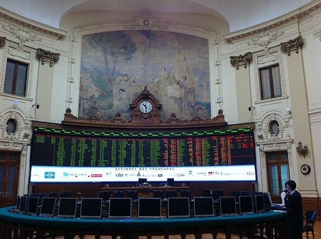 Bolsa de Comercio de Santiago. Foto: Archivo Salmonexpert.