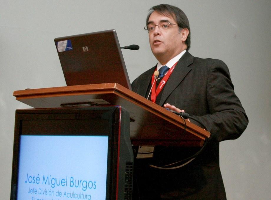 José Miguel Burgos, exdirector nacional de Sernapesca, actual investigador de la Universidad de Chile y consultor en Acuiestudios.