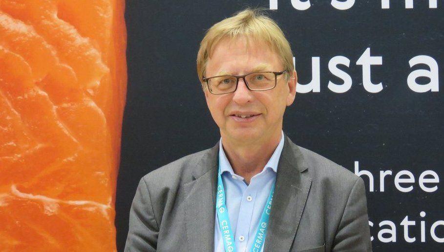 Geir Molvik, konsernsjef i Cermaq, sier til Norsk Fiskeoppdrett at selskapet han leder følger tett med på utviklingen både innen landbasert oppdrett og oppdrett til havs. Foto: Daniella Balin, Salmonexpert.