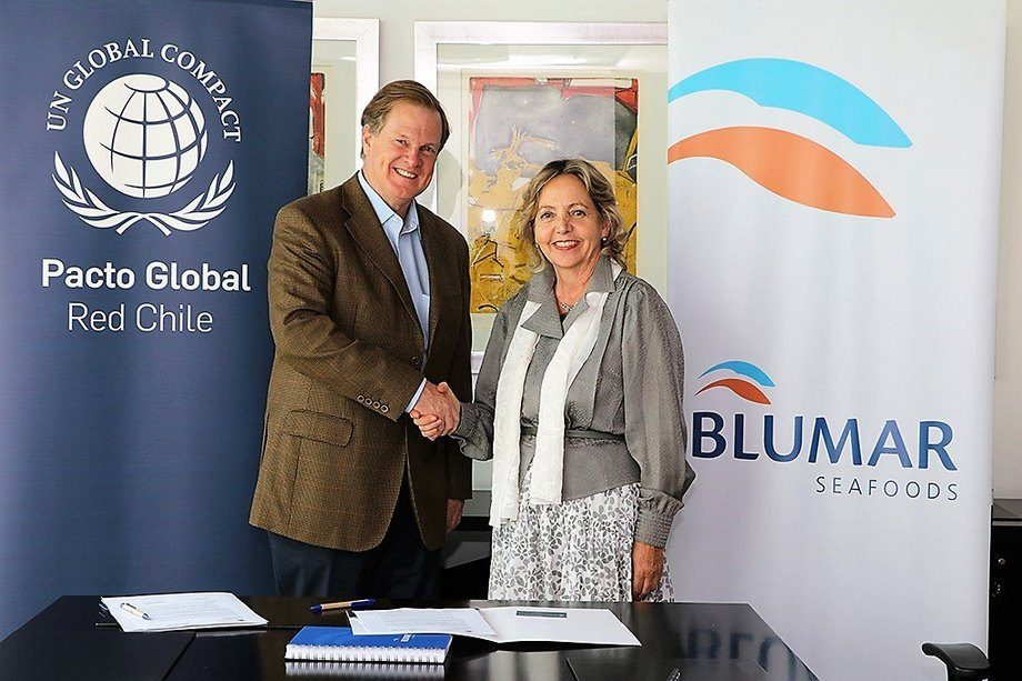 Gerardo Balbontín, gerente general de Blumar y Margarita Ducci, directora ejecutiva de Red Pacto Global Chile. Foto: Blumar.