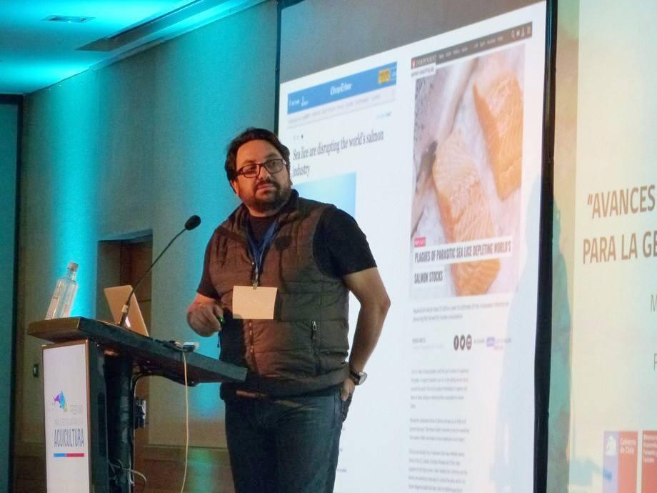 Dr. Cristian Gallardo, biólogo marino, investigador y académico de la UdeC. Foto: Loreto Appel, Salmonexpert.