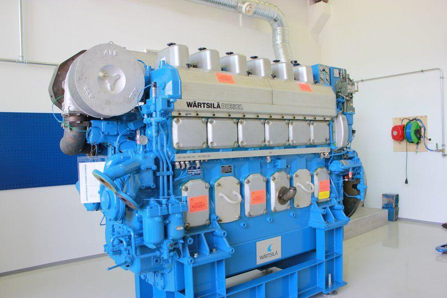 Denne motoren skal studentene få bryne seg på. Foto: Helge Martin Markussen