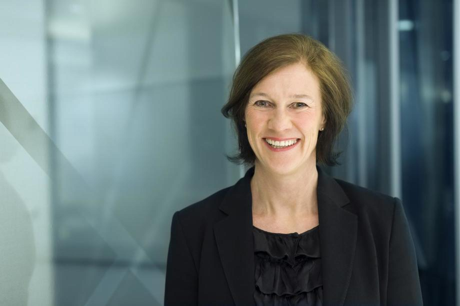 Kari Holm Hejna, Partner, leder finansiell kommunikasjon og styreleder i First House er fornøyd med ansettelsen. Foto: First House