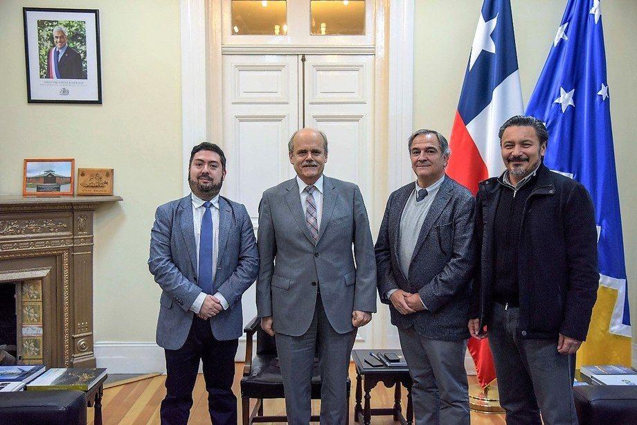 Cristian Kubota, Drago Covacich, Christian Matheson y Óscar Garay.  Foto: Asociación de Salmonicultores de Magallanes