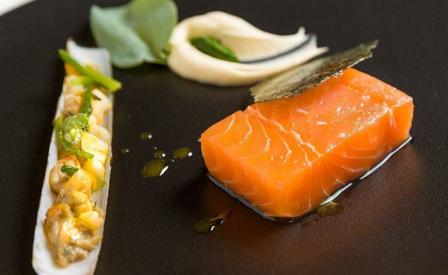 Los españoles están prefiriendo el salmón sobre la merluza. Foto: Archivo Salmonexpert.