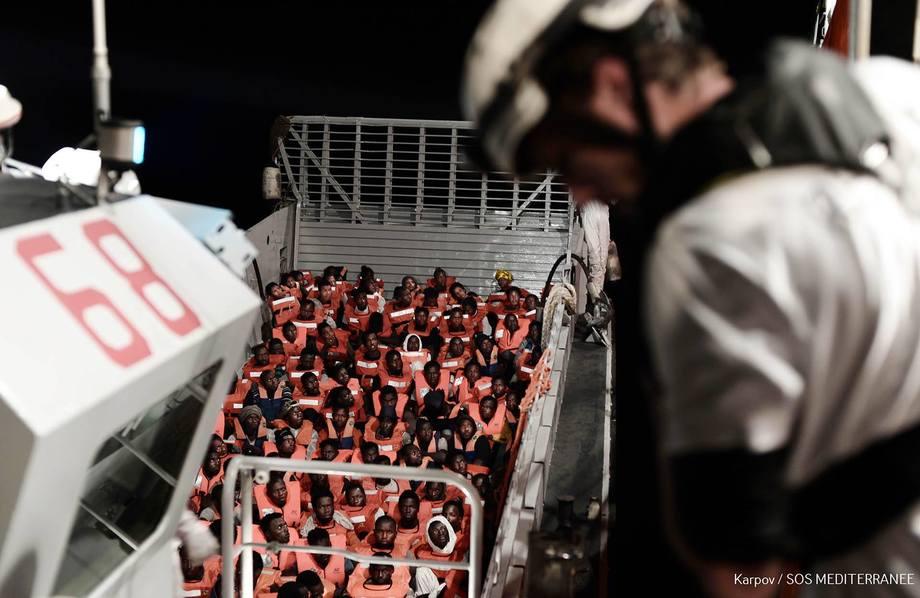Fra en redningsoperasjon ombord på MS Aquarius. Foto:Kenny Karpov/SOS MEDITERRANEE