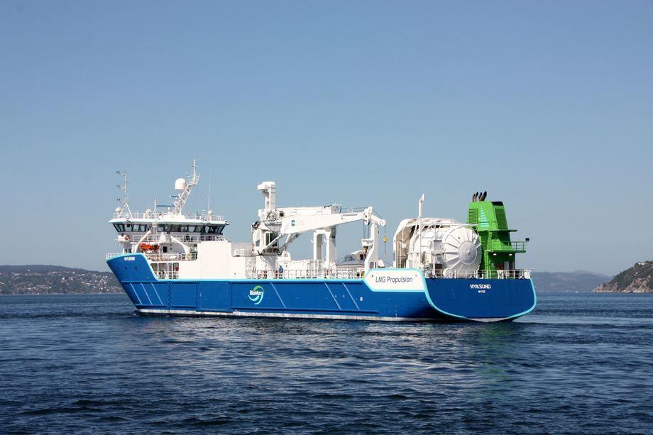 Fiskefôrfartøyet MS Nyksund har høysesong om sommeren, og er stadig på farten langs norskekysten. Foto: Andrea Bærland.