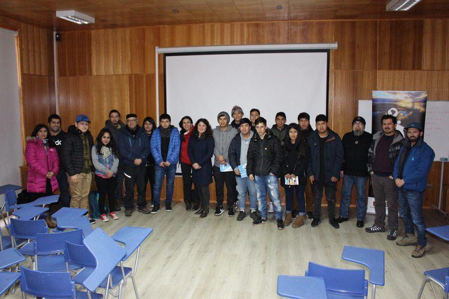 Alumnos de 3º y 4º medio participaron del taller impartido por el Incar. Foto: Incar.