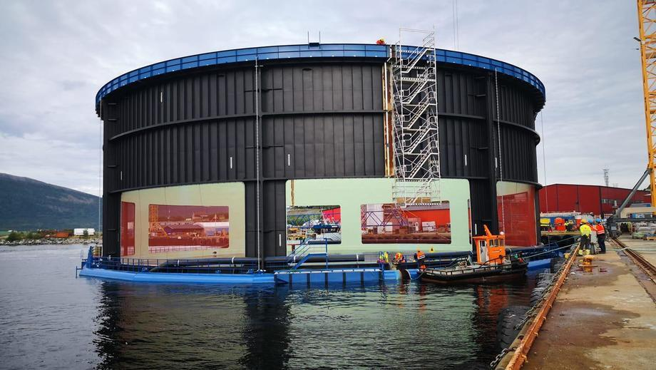 Aquatraz abandonará el astillero y será remolcado dentro de los próximos días. Foto: Seafarming Systems.