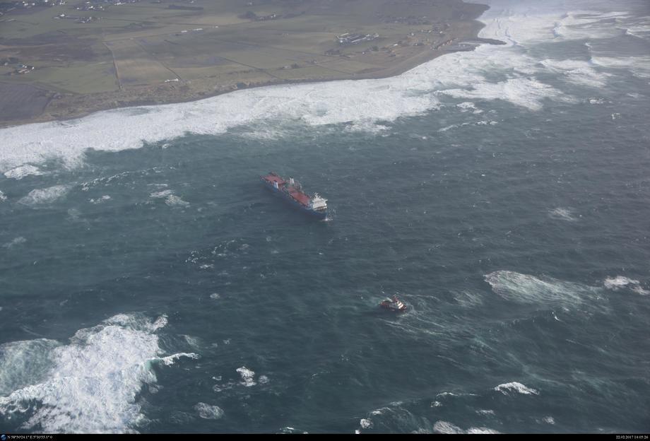 «Tide Carrier» på drift utenfor Jæren 22. februar 2017. Foto: Kystverket