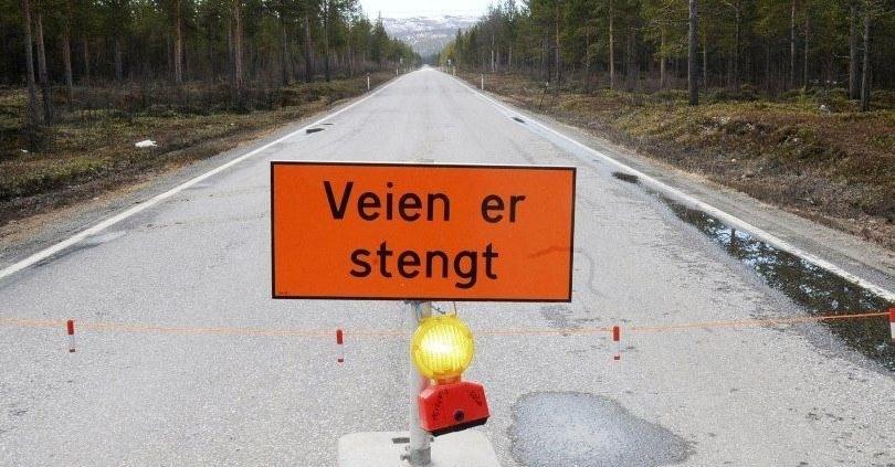 Illustrasjonsfoto fra Skjervøy kommune som ønsker midler til å ruste opp fylkesveier. Foto: Skjervøy kommune.