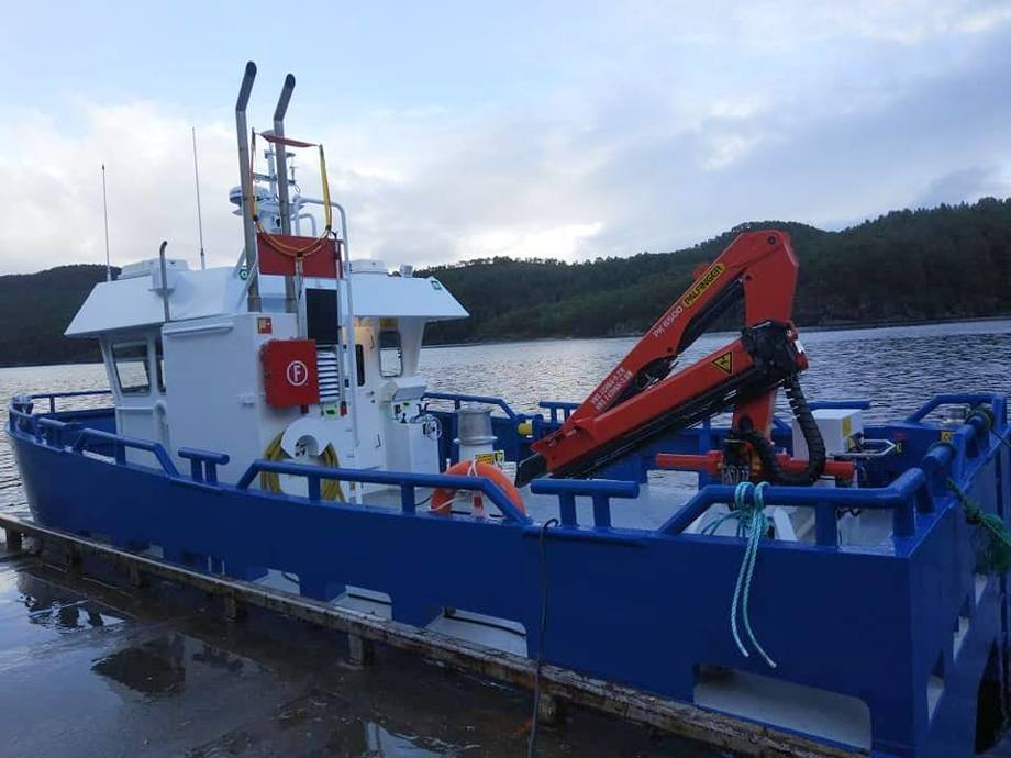 Fartøyet «Buholmen» er nå på vei til Salmar Farming fra Sletta Verft. Foto: Sletta verft.
