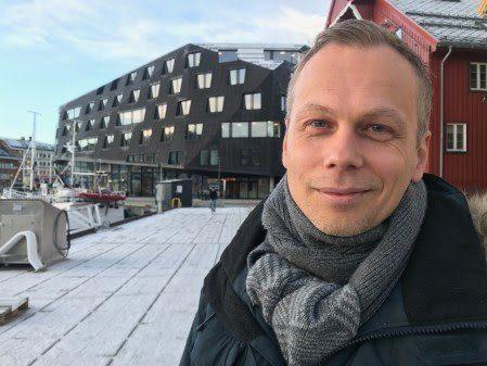 Norges sjømatråd har ansatt Lars Moksness (40) som ny forbrukeranalytiker. Foto: Norges sjømatråd.