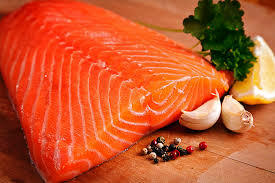 Una nueva baja reportó en la semana 12 el salmón noruego. Foto: Archivo Salmonexpert.