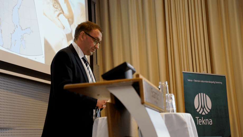 Statssekretær Roy Angelvik i Nærings- og Fiskeridepartementet. Foto: Tekna Fiskehelse.