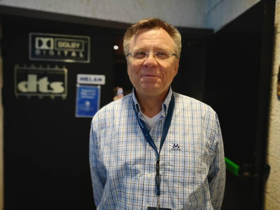 Seniorrådgiver Alf M. Sollund sier de vil gi bedre sykdomsdata i Barentswatch, og ønsker at næringen skal komme med innspill. Foto: Ole Andreas Drønen