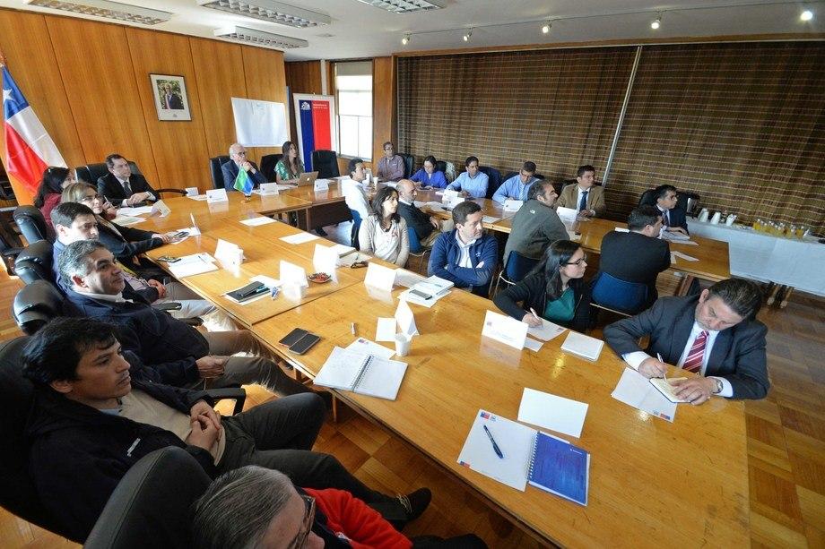 Autoridades del sector público y privado retoman la Mesa de Comercio Exterior (Comex) en la región. Foto: Intendencia de Los Lagos