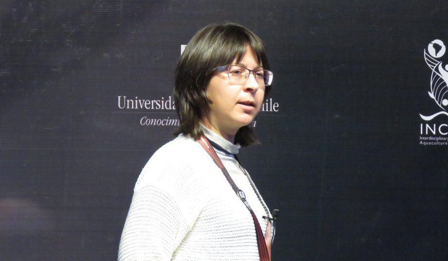 Dr Celia Agusti, researcher at the Sea Lice Research Center. Photo: Francisco Soto, Salmonexpert.