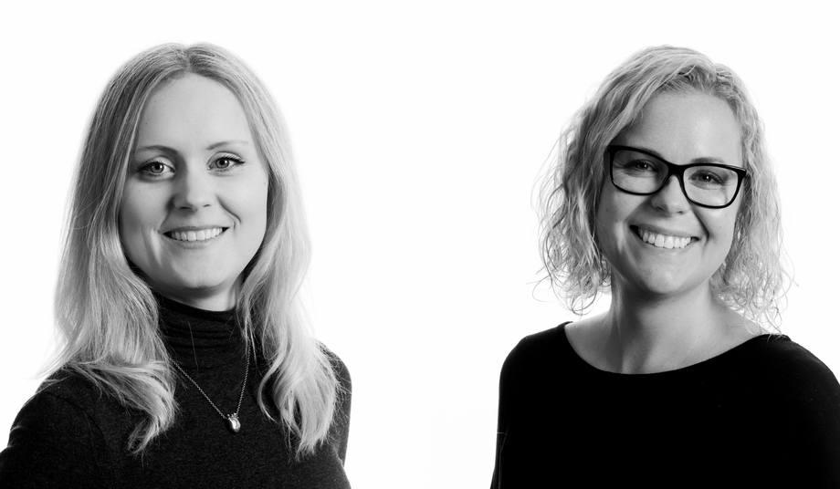 Veterinær Hanna Sæteraas Bjerke og Fiskehelsebiolog Stine Kolstø i FoMAS forteller om økte tilfeller av gjellescore på Vestlandet. Foto: Fomas.