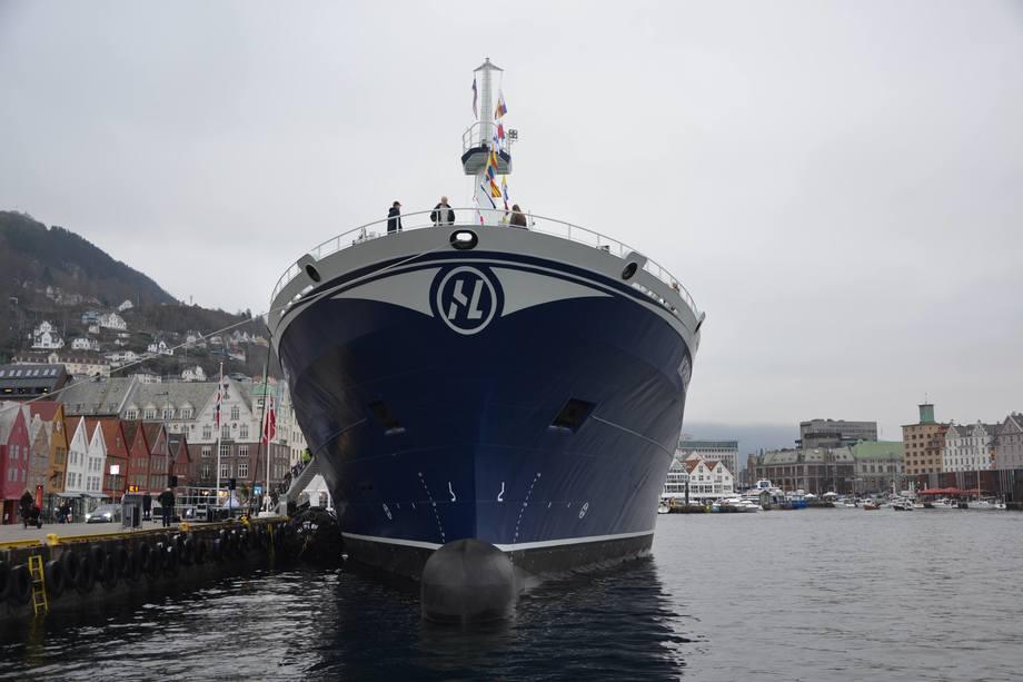 «MV Norwegian Gannet» til kais i Bergen. Foto: Ole Andreas Drønen