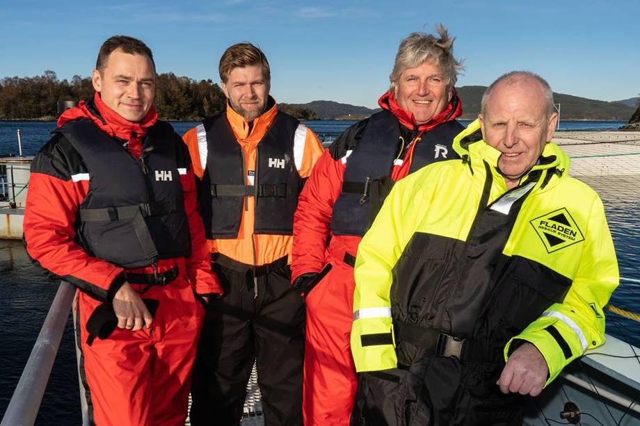 STYRKER LAGET: På bildet, fra venstre Egil Bergersen (daglig leder), Roger Thorsen (markedssjef), Amund Litlabø (innleid konsulent Fiskehelse) og Atle Presthaug (forretningsutvikler). Foto: Aquafarm Equipment.