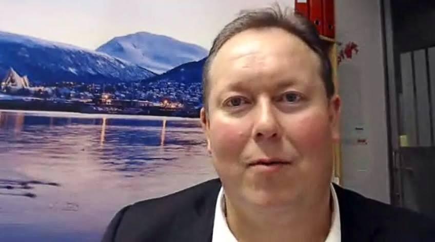 Jarle Heitmann er Arbeiderpartiets gruppeleder i Tromsø kommunestyre. Han understreker at vedtaket ikke er et forvaltningsvedtak, men et uttrykk for en visjon. Foto: jarleheitmann.no.