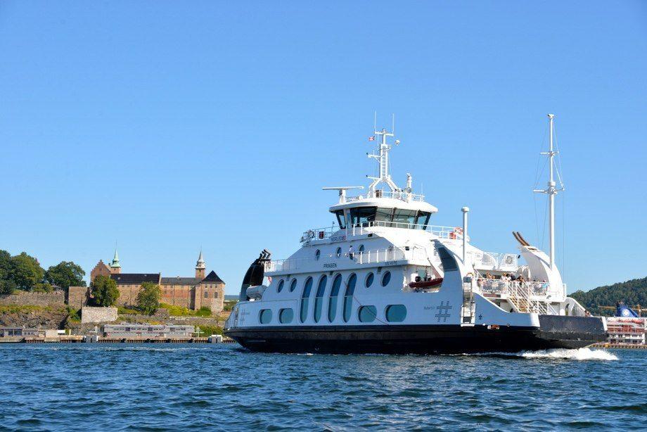 Nesoddbåtene bytter ut gassmotorene etter flere uhell. Foto: Tore Henning Larsen, Signalen.