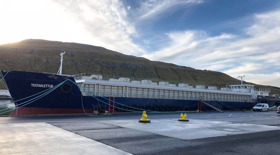 Bakkafrost's new ship-design barge is destined for the rough waters around Suðuroy. Photo: JT electric.