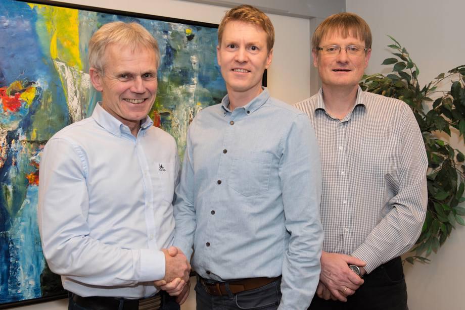 Fv: Styreleder Kjell Bjordal, Eirik Welde og Inge Berg. Foto: Bjørn Eide/Nordlaks (pressefoto)