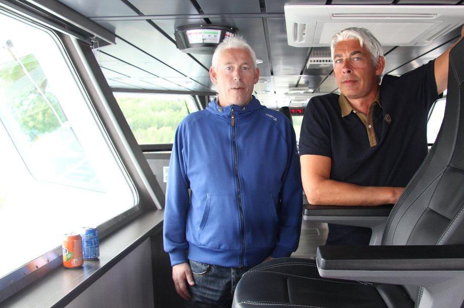 Harald og Bjarne Johannessen (til høyre) har bygd opp den anerkjente merkevaren Sjøtransport Rotsund AS som nå er fusjonert med NTS Shipping AS. Bjarne Johannessen er leder for det fusjonerte selskapet. Foto: Ragnhild Enoksen.