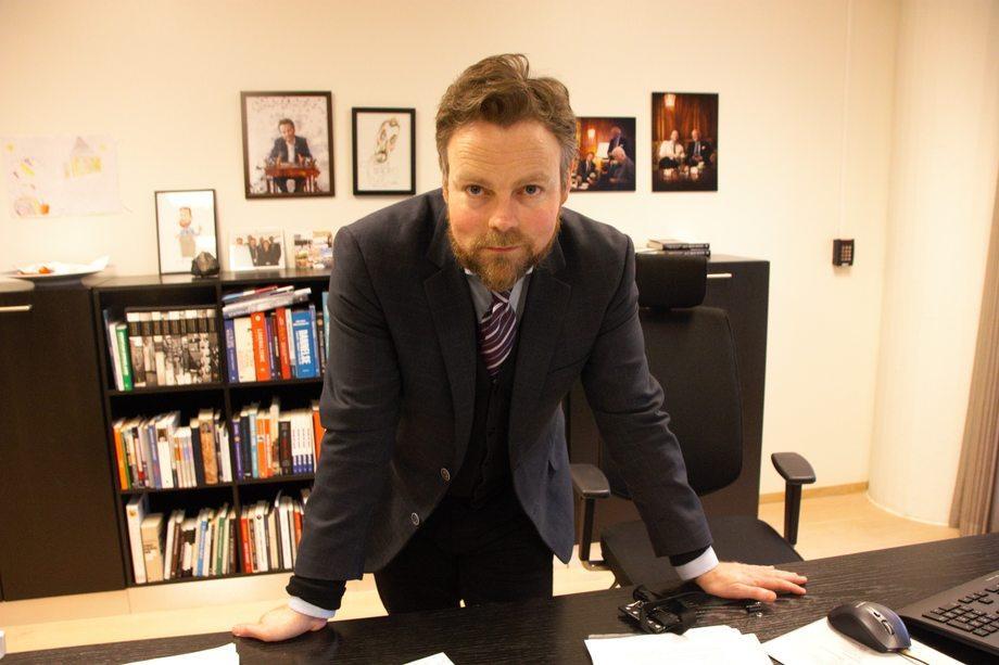 Næringsministeren kritiserer Tromsø og Osterøy for dårlige næringspolitiske beslutninger om havbruk. Foto: Sigbjørn Larsen.