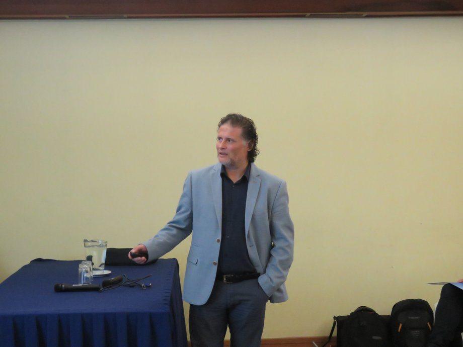 Dr. Oscar Espinoza. Foto: Francisco Soto, Salmonexpert.